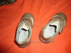 продам туфельки для мальчика