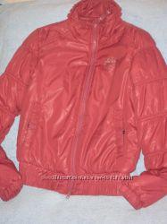 Фирменная куртка, демисезонная , размер М