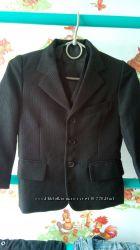 шкільний піджак на першокласника