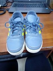 Кросівки Adidas, оригінал