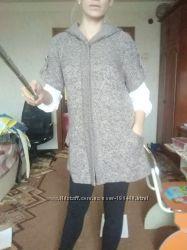 Вязаний кардіган для вагітної