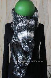 Длиннющий шарф с балабонами
