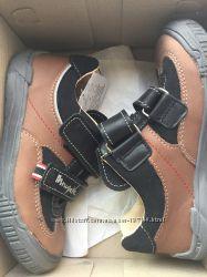 Польские кожаные кроссовки для мальчика  р. 29
