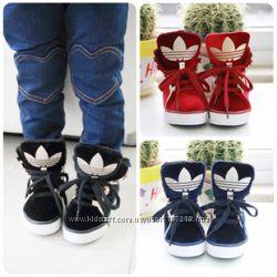 Демисезонные ботинки Adidas р. 27, 30