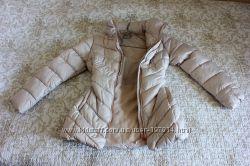 Шикарная курточка жемчужного оттенка на девочку 13-14 лет