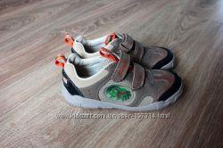 Очаровательные ботиночки из натуральной кожи фирмы Clarks