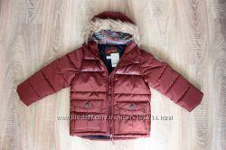 . Теплая курточка  с капюшоном на мальчика рост 110 см