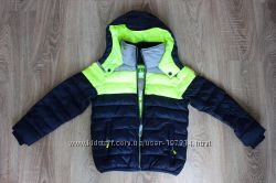 . Шикарная, яркая курточка для Вашего мальчика  на рост 110 см