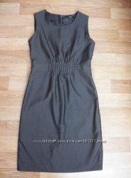 Серое нарядное платье