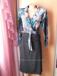 Платье 52 размер , верх-велюр.