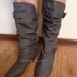 Красивые новые серые сапоги на удобном каблуке 38 размер