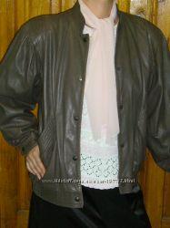 Классная осенняя курточка 50-52 р-ра мягкая натуральная кожа