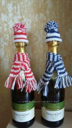 Украшение на бутылку шампанского.