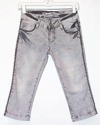 Дешево. Красивые джинсовые бриджи, декор. Новые, р-р 25-26