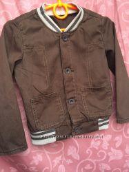 Легкая летняя курточка на мальчика 3-4 года