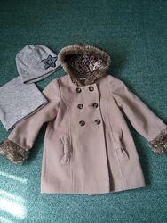 Marks & Spenser пальто 5-6лет. Шапка и снуд в подарок