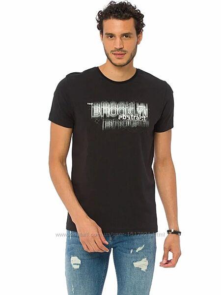 Мужская футболка размер L