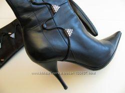 Стильні чобітки , 24см нат. шкіра новий стан