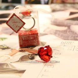 Брелок кольцо с бриллиантом в форме сердца