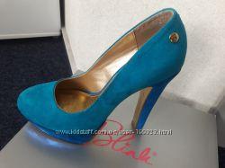 Новые шикарные туфли лазурного цвета фирмы Blink по разумной цене