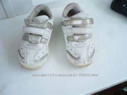 Симпотичные кроссовочки