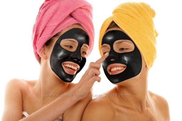 Черная маска BioAqua с активированным углем от черных точек и прыщей