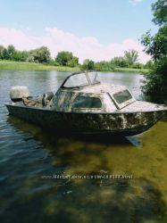 Лодка Серебрянка с тентом