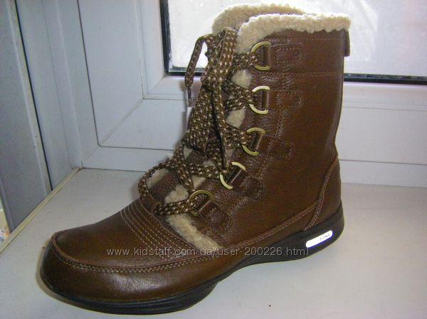 Зимние кроссовки-ботинки  REEBOK easytone 36- 38 размер