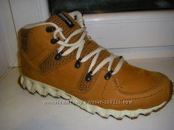 Черные и бежевые ботинки - кроссовки Рибок 39-42 р. мужчине, подростку