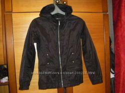 Куртка - ветровка на девочку черная и розовая в идеале