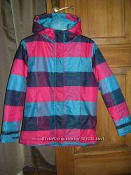 Аккуратная    демисезонная  куртка   на р. 122-152