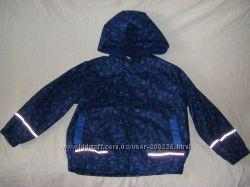 Новые, непромокаемые куртки на флисе 110-128  для активного ребенка.