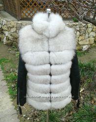 Куртка стеганная из натуральной кожи и мехом песца