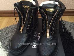 Новые ботинки Balmain р. 37