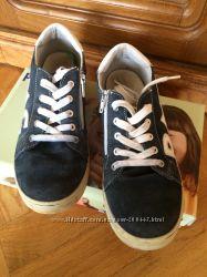 Шкіряні кросівки PRIMIGI