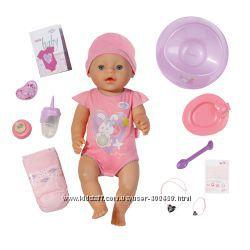 Кукла Baby Born - Очаровательная малышка 43 см, с чипом и аксессуарами