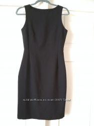 Класична чорна сукня 5b0a6cf82bfb6