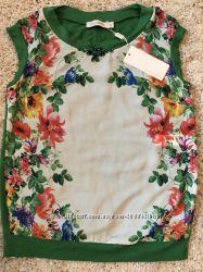 Красивая блуза бело-зеленого цвета с цветами, размер 38