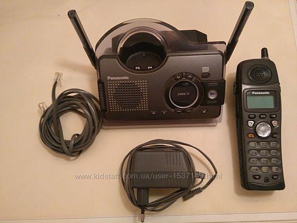 Цифровой беспроводной телефон с автоответчиком Panasonic KX-TCD 297UA