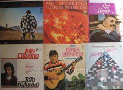 виниловые пластинки фирмы Мелодия 1980-1989 годов.