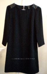 Стильное черное платье с замком H&M кожаные плечики, США р XS, S
