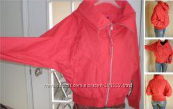 Красная стильная  дорогая фирменная куртка Coffe Shop , p S, M, L