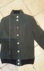 Стильная курточка-полупальтишко