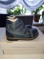 Деми ботинки Ecoby 26p