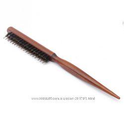 Щётка для укладки волос деревянная, натуральная щетина.