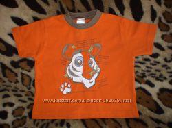 Практически новая яркая красивая футболочка S. G. Junior на 1 годик