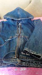 Продам нашу джинсовую ветровку, униcекс, бу