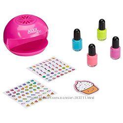 ALEX Spa Style & Go Nail Studio. Студия маникюра для девочек.