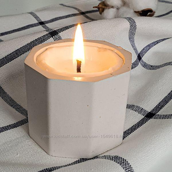 Соевая свеча с ароматом в гипсовом кашпо