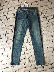 Стильные джинсы деним с лампасами брюки женские